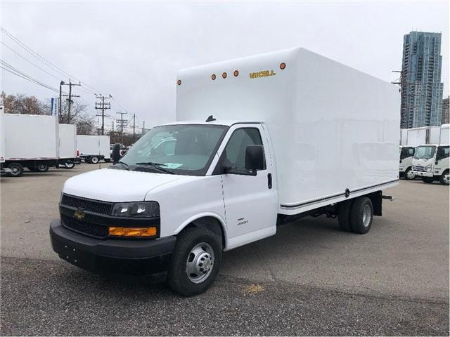 2019 Chevrolet Express 4500 New 2019 Express 16' Cube-Van (Stk: ST95099) in Toronto - Image 2 of 16