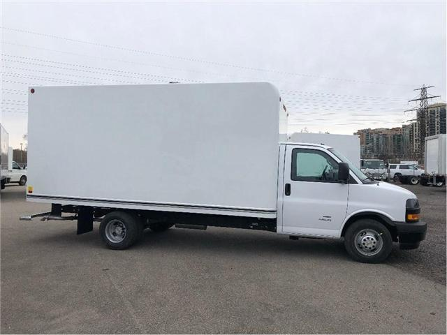 2019 Chevrolet Express 4500 New 2019 Express 16' Cube-Van (Stk: ST95099) in Toronto - Image 8 of 16