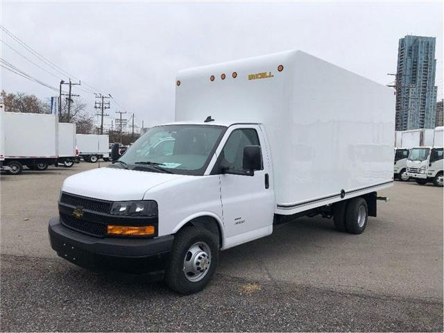 2019 Chevrolet Express 4500 New 2019 Chev. 4500 Cube-Van (Stk: ST95100) in Toronto - Image 1 of 16