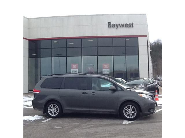 2013 Toyota Sienna LE 8 Passenger (Stk: ) in Owen Sound - Image 1 of 3