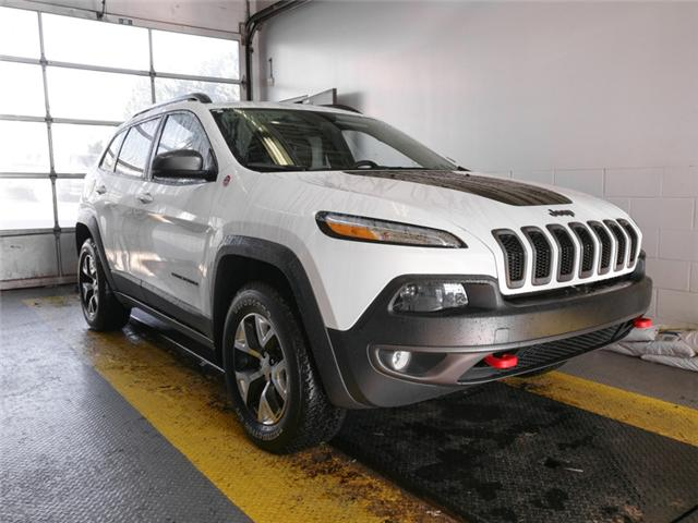 2018 Jeep Cherokee Trailhawk (Stk: X-6022-0) in Burnaby - Image 2 of 24