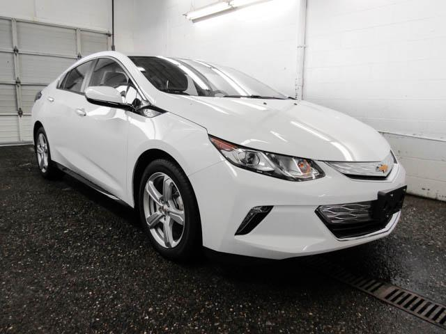 2019 Chevrolet Volt LT (Stk: V9-90250) in Burnaby - Image 2 of 12