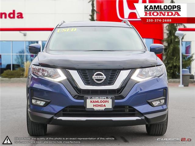 2017 Nissan Rogue SV (Stk: 14190A) in Kamloops - Image 2 of 25