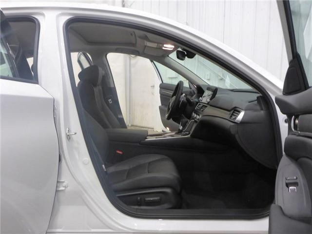 2018 Honda Accord Touring (Stk: 1844018) in Calgary - Image 16 of 19