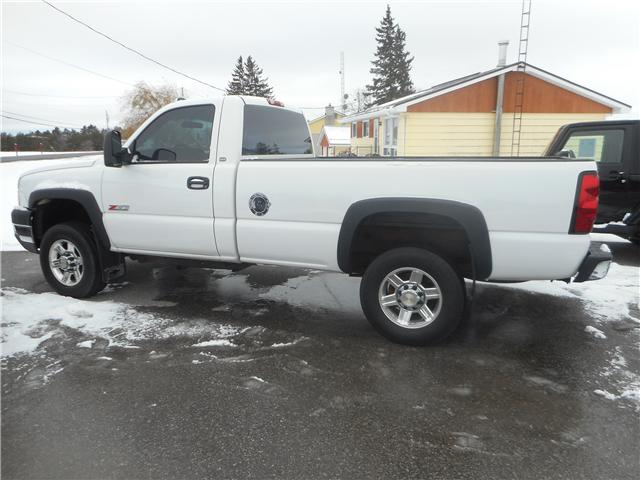 2004 Chevrolet Silverado 2500HD Base (Stk: NC 3678) in Cameron - Image 1 of 9