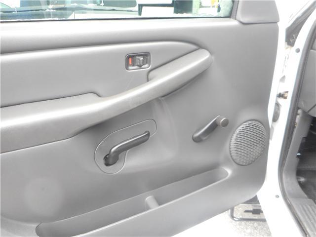 2004 Chevrolet Silverado 2500HD Base (Stk: NC 3678) in Cameron - Image 7 of 9