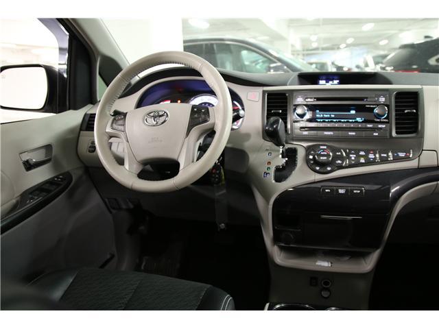 2014 Toyota Sienna SE 8 Passenger (Stk: M12419A) in Toronto - Image 25 of 27