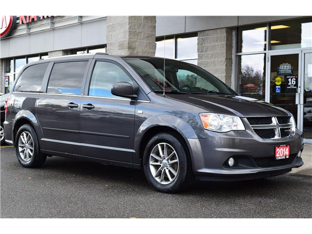 2014 Dodge Grand Caravan SE/SXT (Stk: 305911-14) in Cobourg - Image 1 of 23