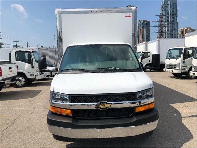 2018 Chevrolet 4500 New 2018 Chevrolet Express 4500 Cube-Van (Stk: ST85373) in Toronto - Image 3 of 14