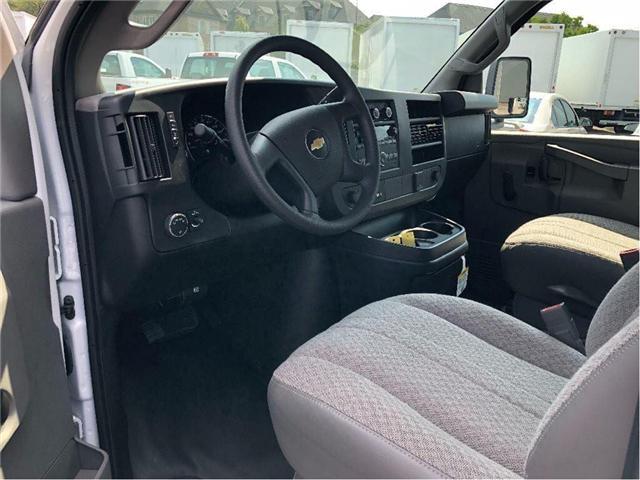 2018 Chevrolet 4500 New 2018 Chevrolet Express 4500 Cube-Van (Stk: ST85373) in Toronto - Image 9 of 14