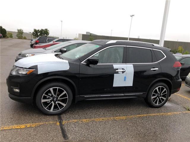 2018 Nissan Rogue SL w/ProPILOT Assist (Stk: X2304) in Burlington - Image 2 of 5