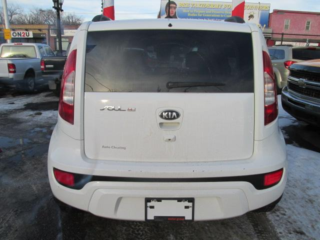 2013 Kia Soul 2.0L 4u (Stk: bp508) in Saskatoon - Image 4 of 18