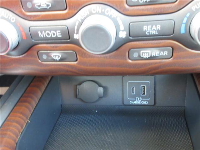 2019 Nissan Pathfinder Platinum (Stk: 8024) in Okotoks - Image 16 of 33