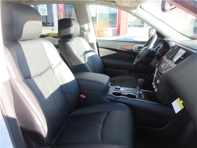2019 Nissan Pathfinder Platinum (Stk: 8024) in Okotoks - Image 2 of 33
