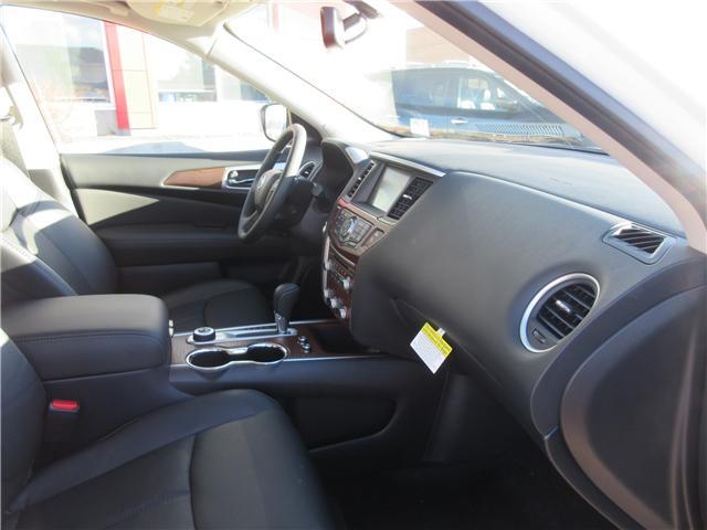 2019 Nissan Pathfinder Platinum (Stk: 8024) in Okotoks - Image 3 of 33