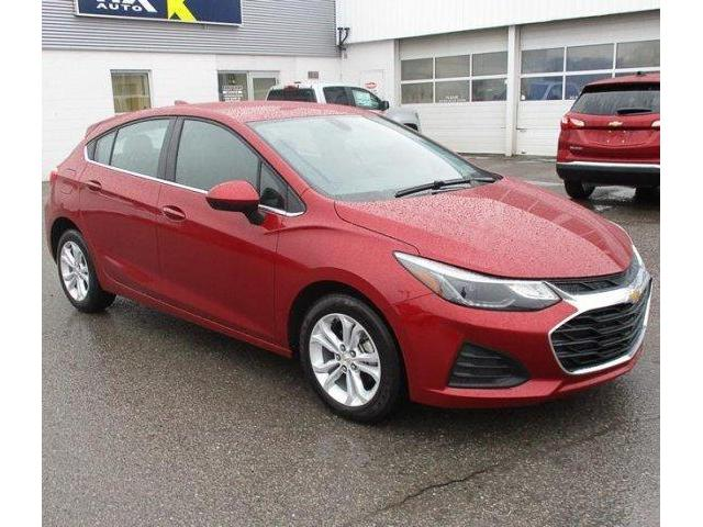 2019 Chevrolet Cruze LT (Stk: 19209) in Peterborough - Image 2 of 4