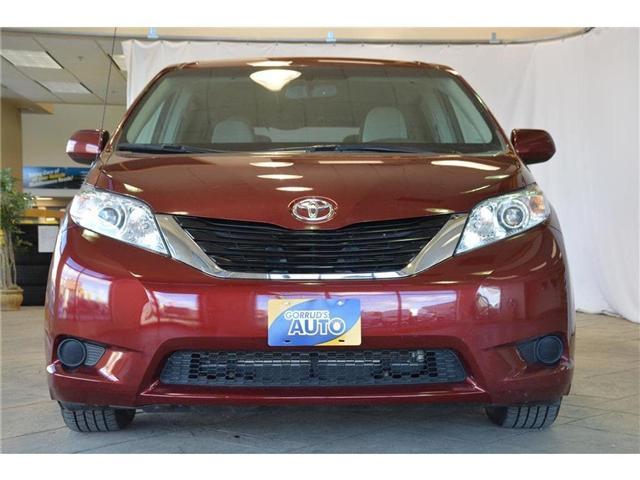 2014 Toyota Sienna  (Stk: 471701) in Milton - Image 2 of 38