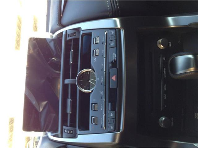 2019 Lexus NX 300 Base (Stk: 190209) in Calgary - Image 9 of 11