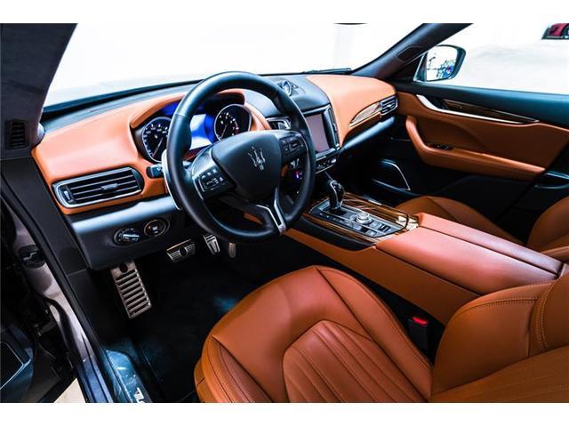 2018 Maserati Levante GranLusso (Stk: 930MC) in Calgary - Image 11 of 18