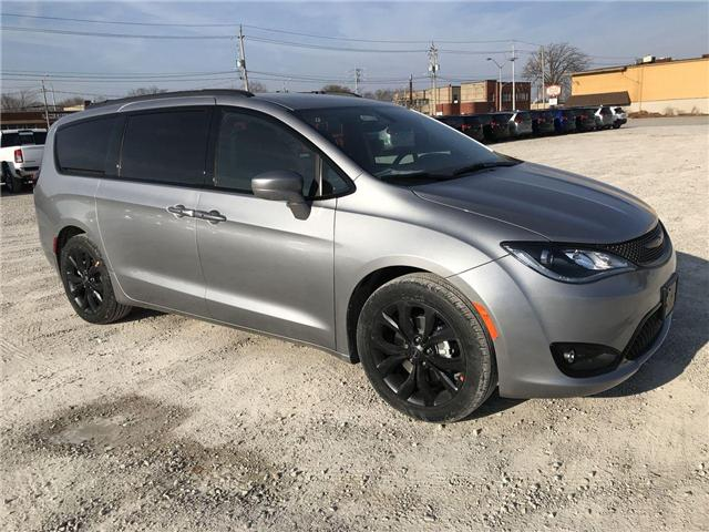 2019 Chrysler Pacifica Touring-L (Stk: 19429) in Windsor - Image 1 of 11