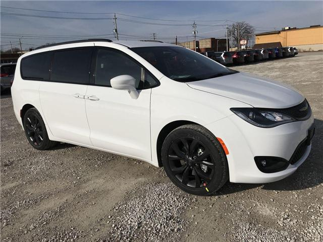 2019 Chrysler Pacifica Touring Plus (Stk: 19441) in Windsor - Image 1 of 11
