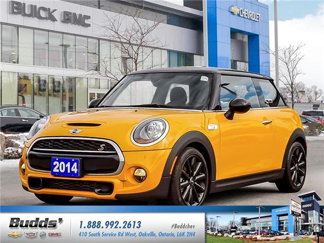 2014 MINI Hatch Cooper S (Stk: E8049PAA) in Oakville - Image 1 of 25