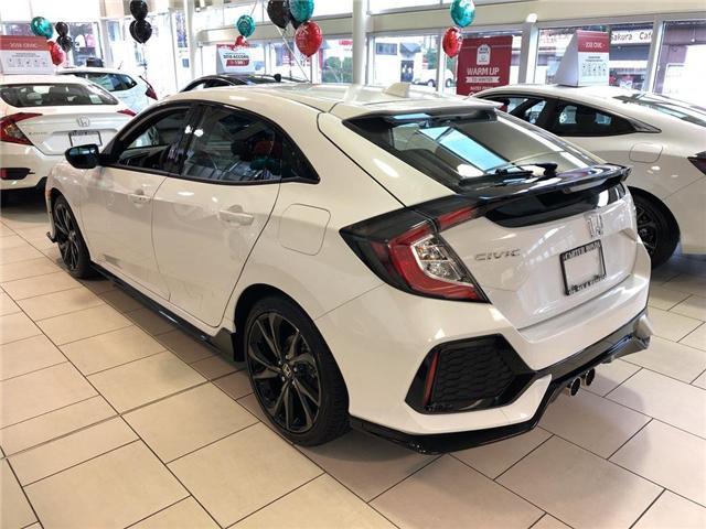 2019 Honda Civic Sport Touring (Stk: 9K03820) in Vancouver - Image 2 of 4