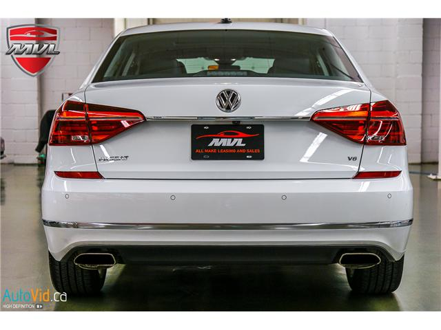 2018 Volkswagen Passat 3.6L VR6 Highline (Stk: ) in Oakville - Image 10 of 38
