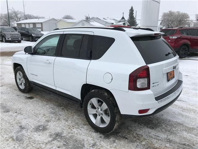 2017 Jeep Compass Sport/North (Stk: 8U058) in Wilkie - Image 3 of 22