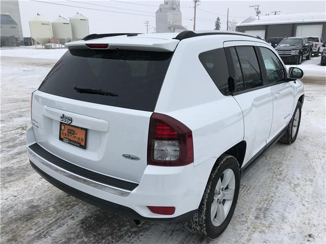2017 Jeep Compass Sport/North (Stk: 8U058) in Wilkie - Image 2 of 22