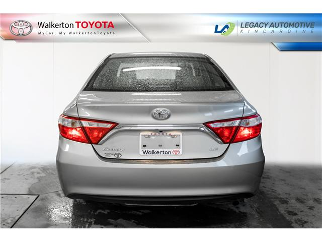 2016 Toyota Camry LE (Stk: P8202) in Walkerton - Image 5 of 18