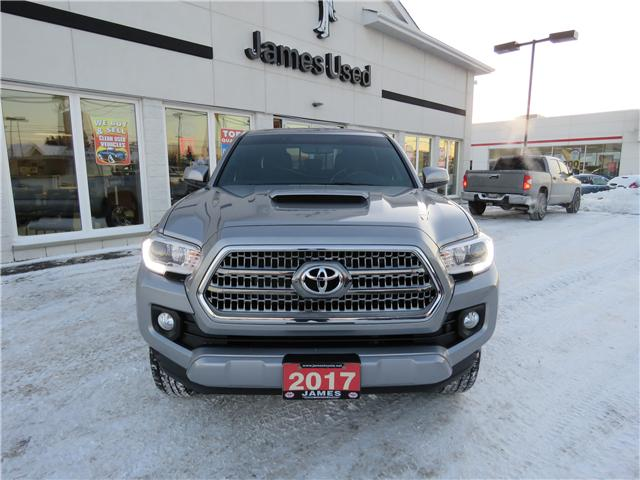 2017 Toyota Tacoma SR5 (Stk: N1946A) in Timmins - Image 2 of 9