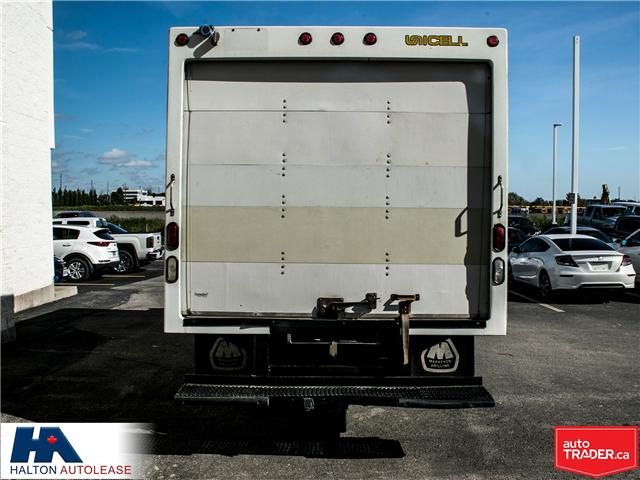 2012 Ford E-450 Cutaway Base (Stk: 310016) in Burlington - Image 5 of 13