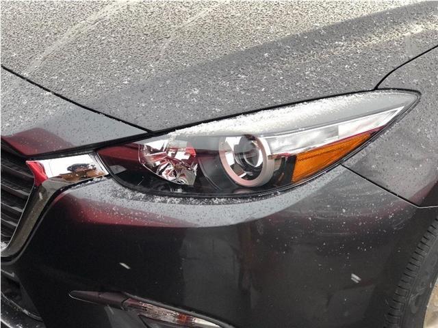 2018 Mazda Mazda3 SE (Stk: 18-830) in Richmond Hill - Image 2 of 5