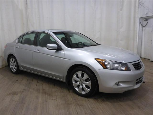 2009 Honda Accord EX-L V6 (Stk: 18111240) in Calgary - Image 1 of 30