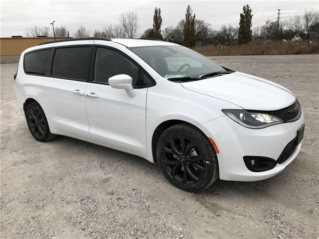 2019 Chrysler Pacifica Touring-L (Stk: 19455) in Windsor - Image 1 of 11