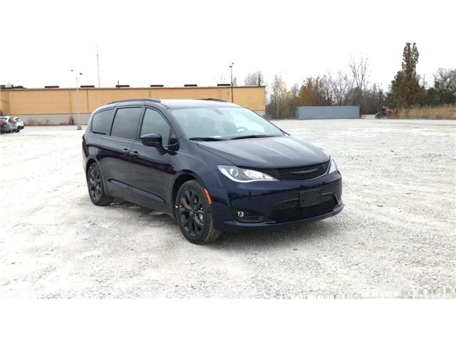 2019 Chrysler Pacifica Touring-L (Stk: 19453) in Windsor - Image 2 of 11