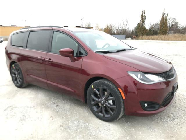 2019 Chrysler Pacifica Touring Plus (Stk: 19449) in Windsor - Image 1 of 11