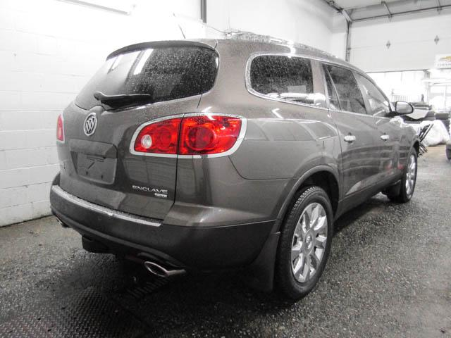 2010 Buick Enclave CXL (Stk: E8-63371) in Burnaby - Image 2 of 25