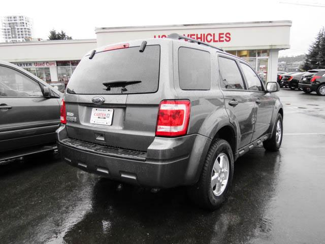2011 Ford Escape XLT Automatic (Stk: D8-13642) in Burnaby - Image 2 of 9