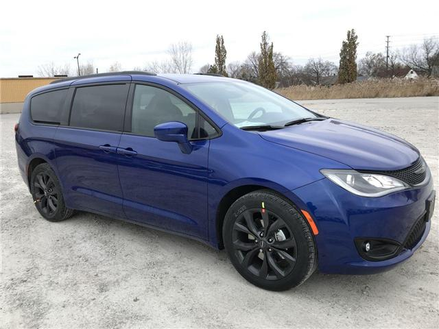 2019 Chrysler Pacifica Touring-L (Stk: 19459) in Windsor - Image 1 of 11