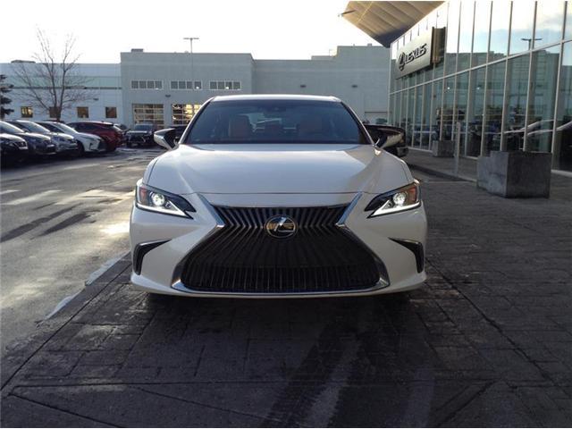 2019 Lexus ES 350 Premium (Stk: 190140) in Calgary - Image 2 of 10