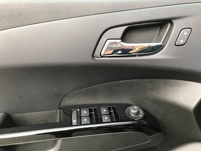 2018 Chevrolet Sonic LT Auto (Stk: 971530) in North Vancouver - Image 25 of 26