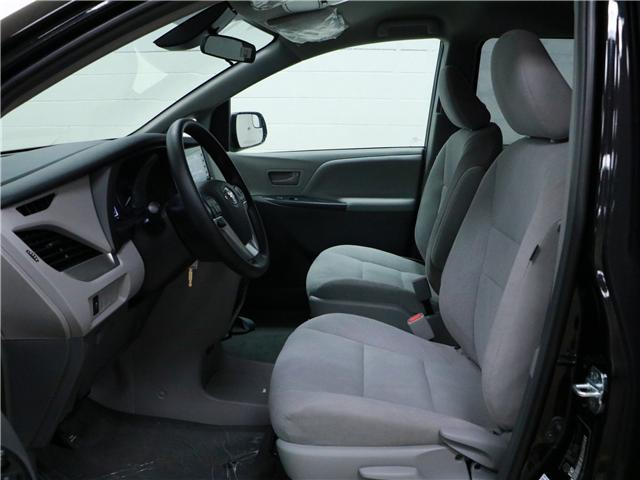 2019 Toyota Sienna 7-Passenger (Stk: 190327) in Kitchener - Image 3 of 3