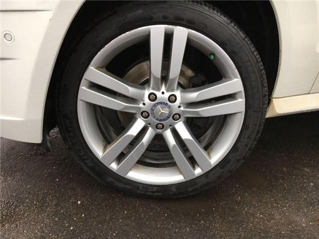 2011 Mercedes-Benz GLK-CLASS GLK 350 NAVI, LEATHER, PANO SUNROOF, ALLOY, B. CAM (Stk: 42745A) in Brampton - Image 2 of 28