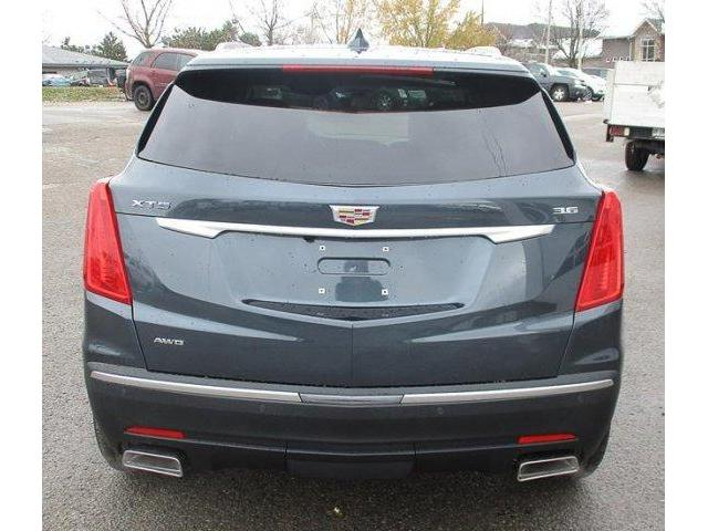 2019 Cadillac XT5 Luxury (Stk: 19229) in Peterborough - Image 2 of 4