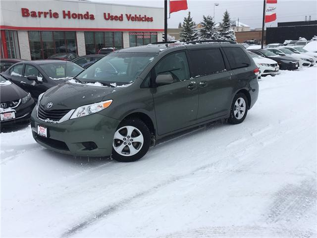 2014 Toyota Sienna  (Stk: U14302) in Barrie - Image 1 of 15