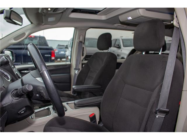 2014 Chrysler Town & Country Touring (Stk: EE898860A) in Surrey - Image 9 of 28