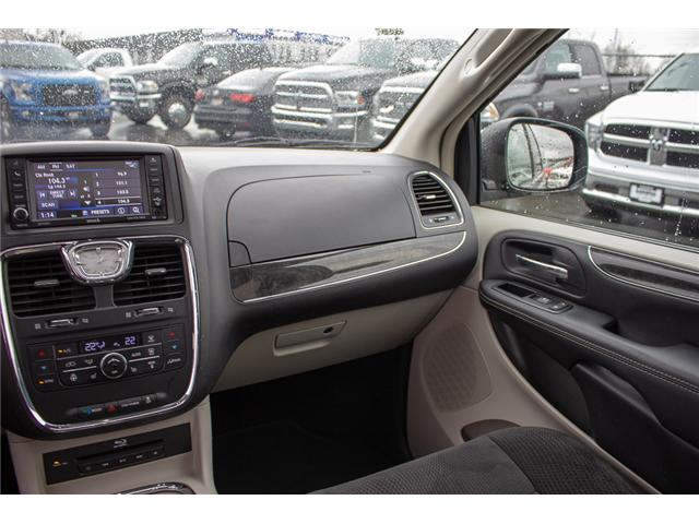 2014 Chrysler Town & Country Touring (Stk: EE898860A) in Surrey - Image 14 of 28