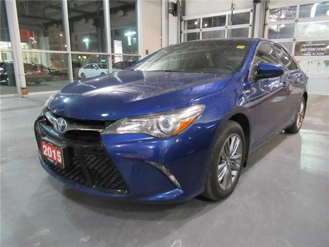 2015 Toyota Camry Hybrid SE, SAVE MONEY ON GAS IN STYLE! (Stk: 8809273A) in Brampton - Image 1 of 29